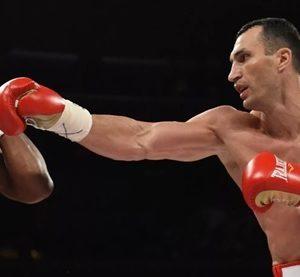 Джеб – основной удар любого боксёра, ММАшника или кикбоксёра.