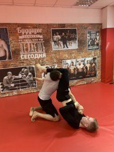 Записаться, секция, тренировки ММА / Смешанные единоборства Москва